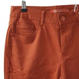 Jean slim couleur rouille