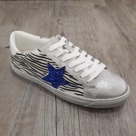 Basket argenté zébré à étoile bleue en paillettes