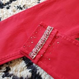 Jean rouge à galon
